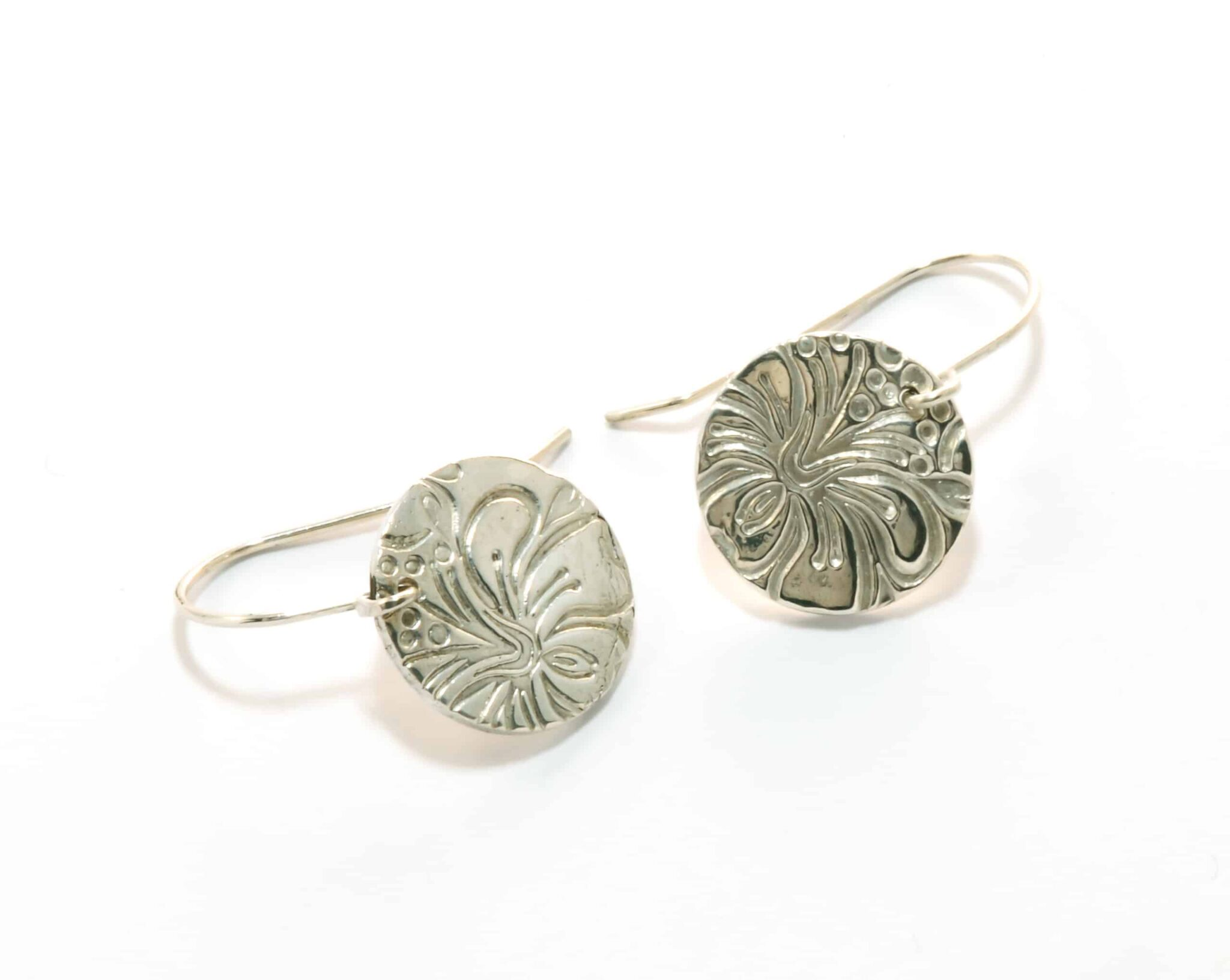Noosa Fine Silver Disc Earring With Hibiscus Texture By Julie Stephens Designs (Fitzroy)