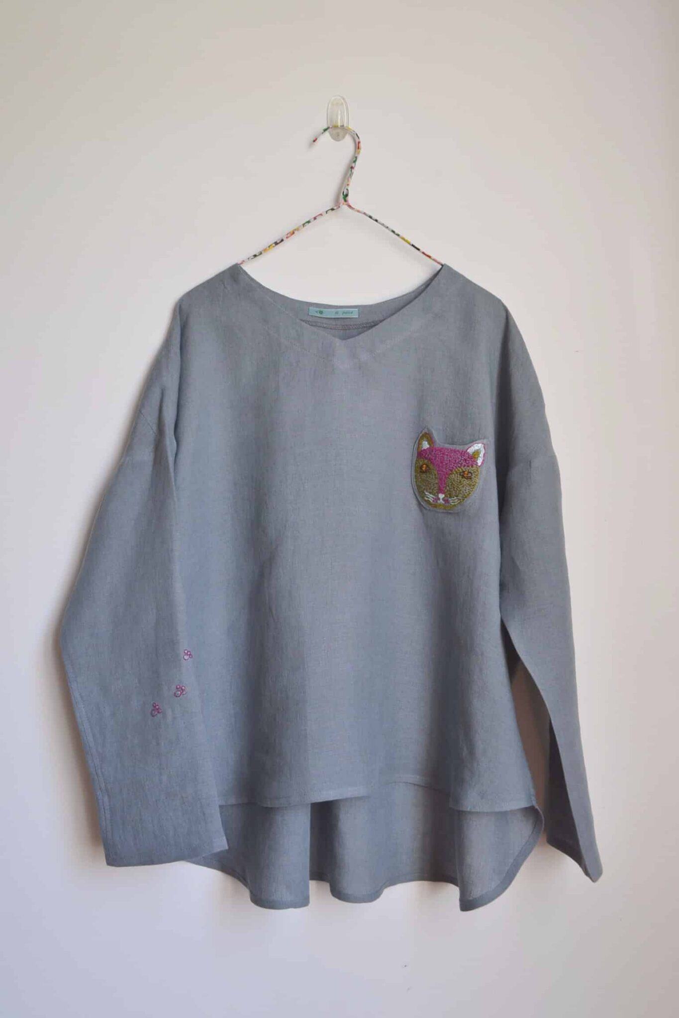 Meow Pullover (One Size), Cat Embroidery In Smokey Grey Linen, By à Pois