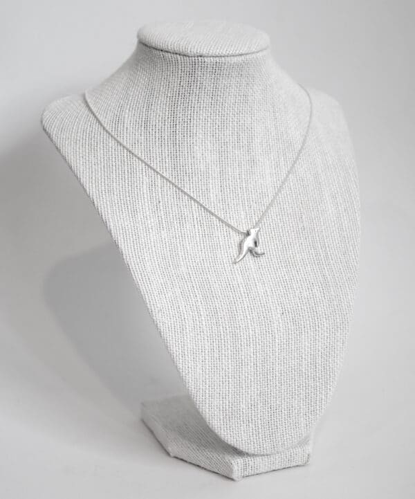 kangaroo-handmade-sterling-silver-pendant-with-snake-chain-by-purplefish-designs-by-andrea_purplefish