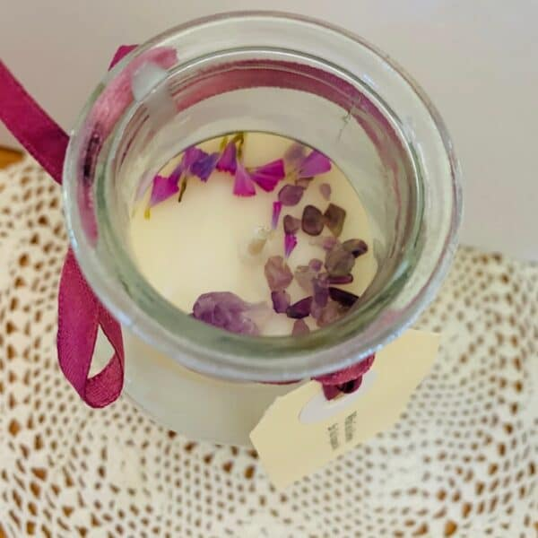 large-250gm-apothecary-soy-candle-white-tea-amp-berries-fragrance-with-dried-lavender-and-amethyst-crystal-on-top-by-kate-and-rose-by-katenrosetea