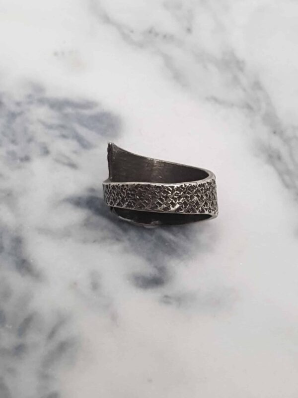 simple-textured-wrapped-ring-size-n-by-corinne-lomon-by-corinnelomon
