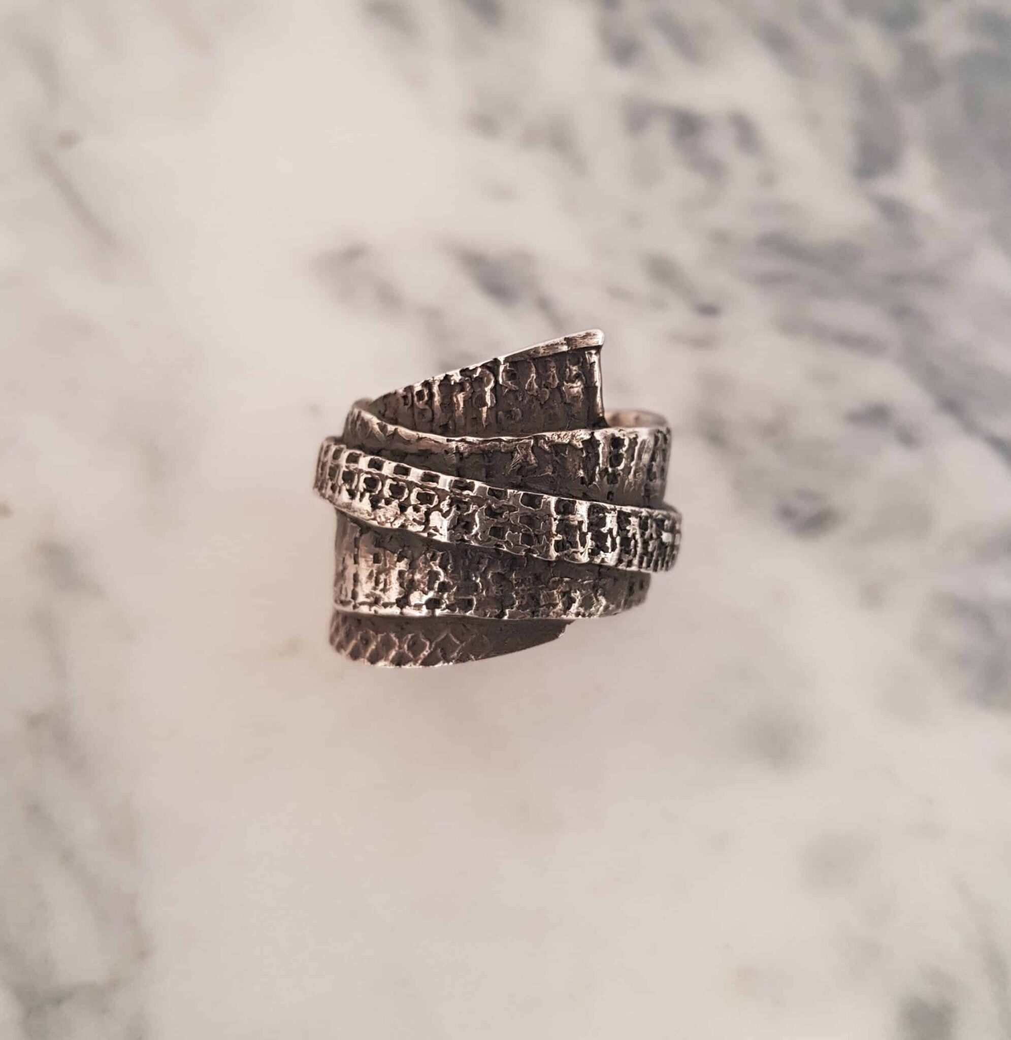 Textured Wrapped Ring Size T By Corinne Lomon