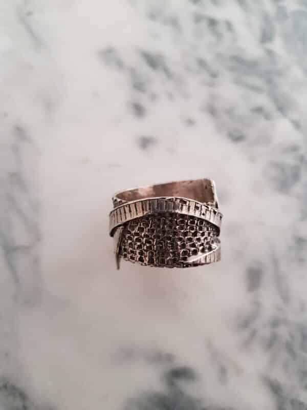 wrapped-textured-ring-size-z-165-corinne-lomon-29500-corinnelomon