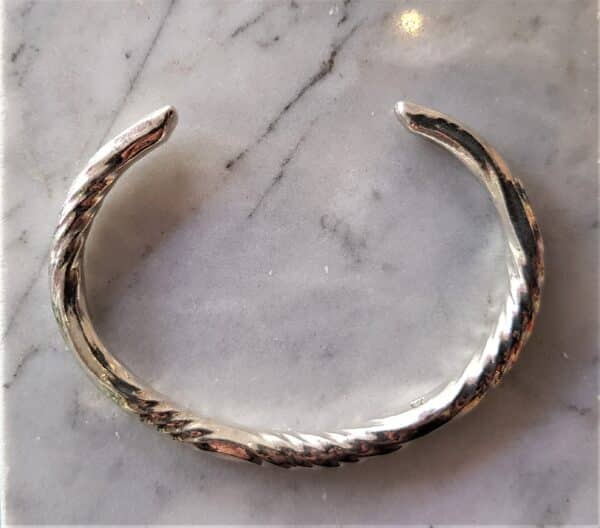 sterling-silver-forged-water-twist-clutch-bangle-by-corinne-lomon-46204-corinnelomon