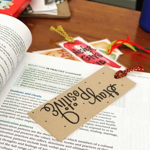 bookmark-by-artsy-186179-yeshapatel
