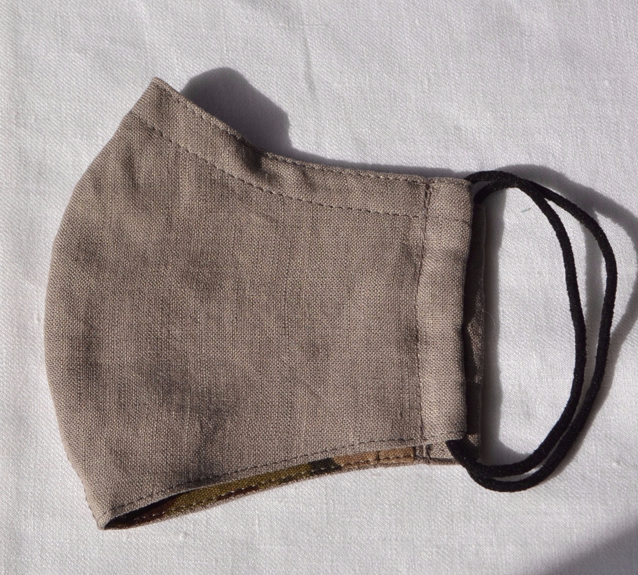 Face Mask (Khaki) Made From Natural Fabrics By à Pois