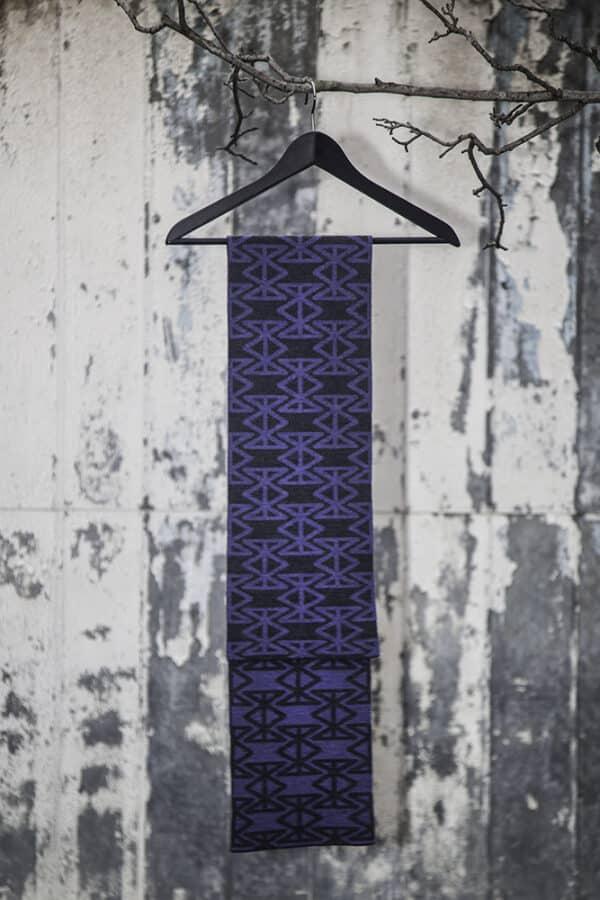 reflected-crown-charcoal-lavender-by-harry-millward-120187-harrymillward