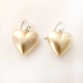 vintage-pearl-heart-earrings-by-my-vintage-obsession-198237-myvintageobsession2020