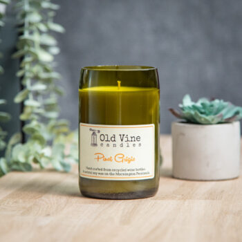 pinot-grigio-candle-by-old-vine-candles-display-oldvinecandles-800140