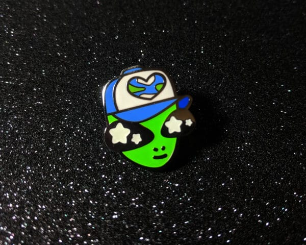 alien-pal-glow-in-the-dark-hard-enamel-pin-by-beth-parow-illustration-amp-design-by-bethparow