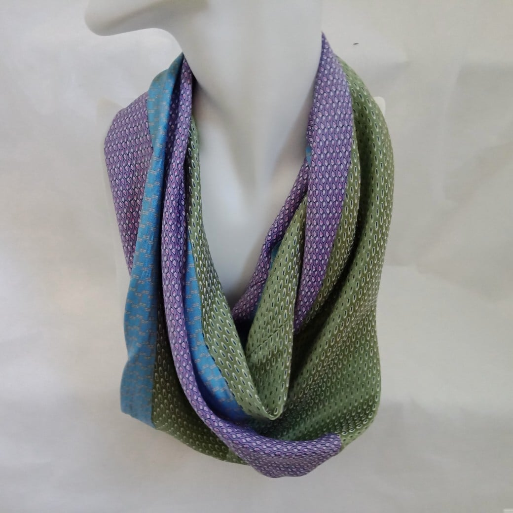 3-colour-silk-infinity-scarf-by-judith-scott-upcycling-by-judithscott