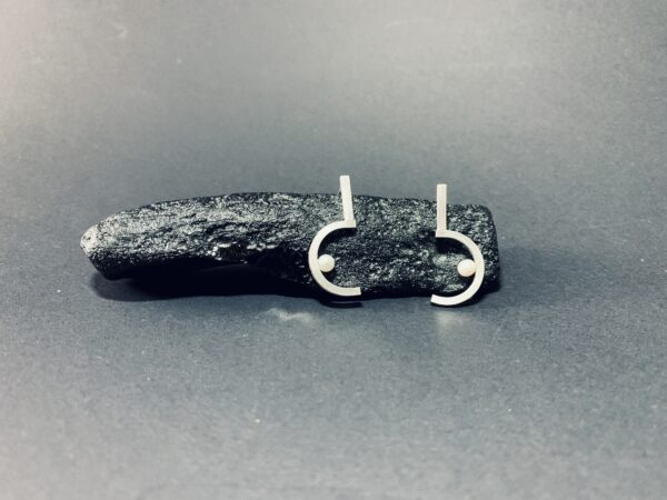 new-question-mark-earrings-2-by-doramend-by-doramenda