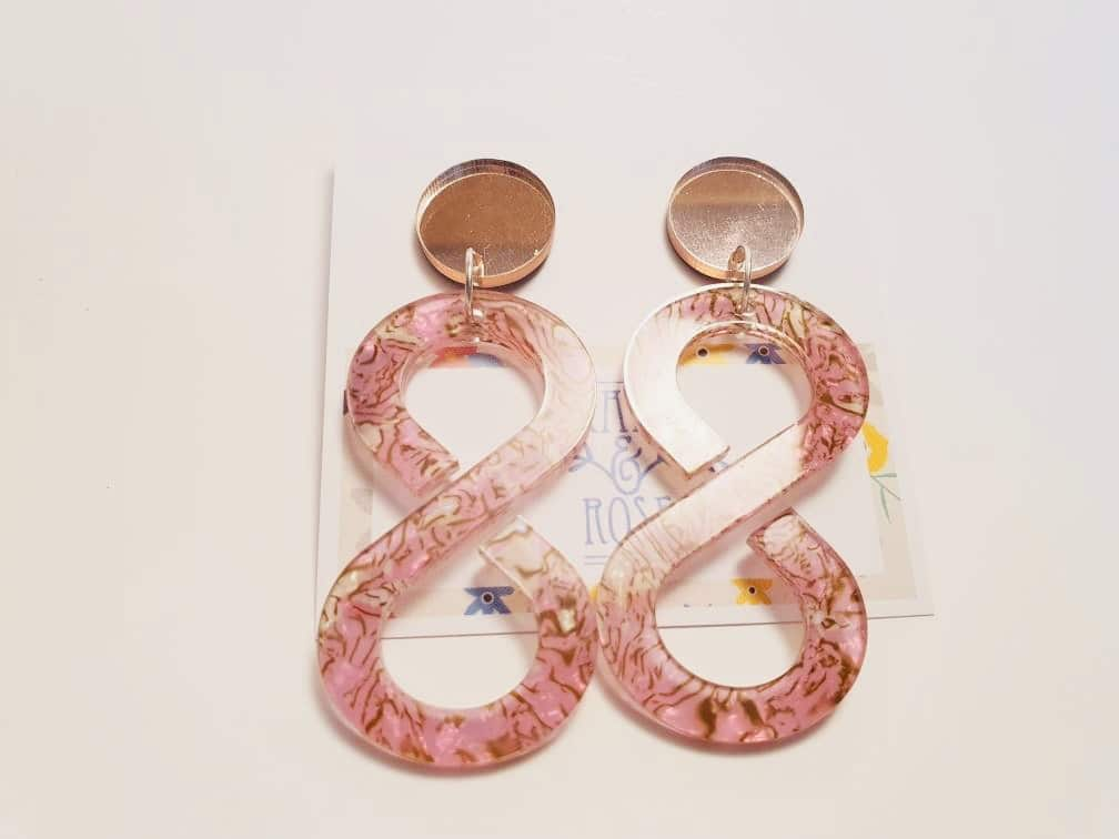 Infinity Acrylic Drop Earrings – Pink Marbled – By Kate & Rose