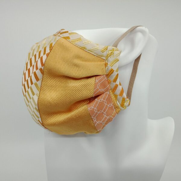 sustainable-silk-face-mask-by-judith-scott-upcycling-by-judithscott