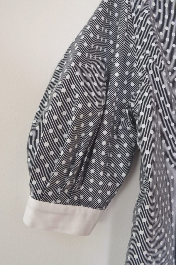 balloon-sleeve-blouse-in-polkadot-by-a-pois-by-apois