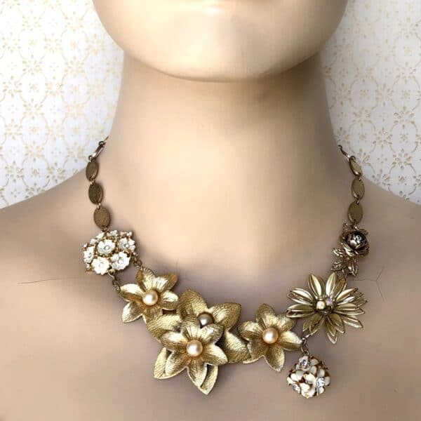 fleur-dor-vintage-statement-choker-by-my-vintage-obsession-by-myvintageobsession2020