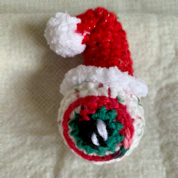 xmas-eyeballble-made-by-out-of-my-mind-crochet-by-jessica thompson