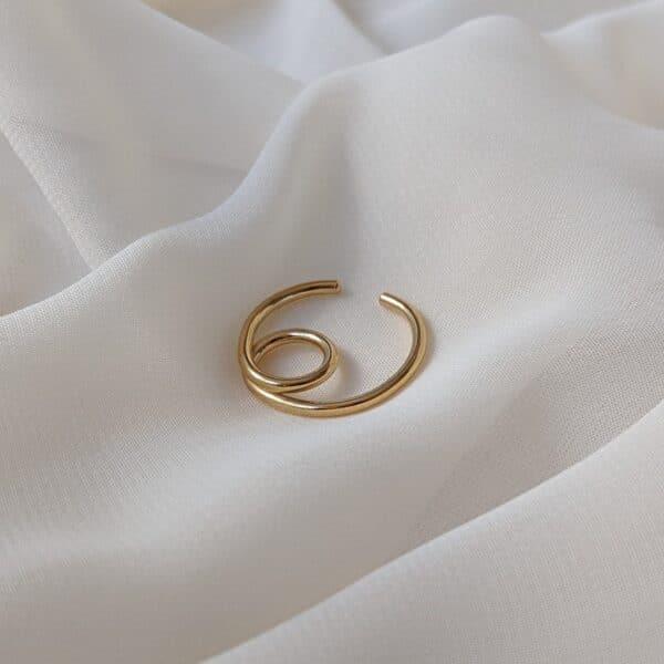 elevate-ear-cuff-in-gold-vermeil-by-little-hangings-by-littlehangings