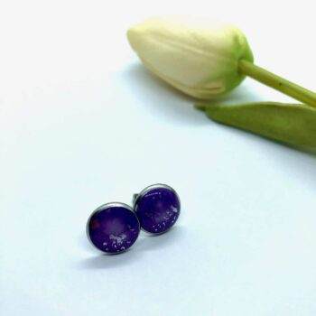 red-resin-stud-earrings-10mm-round-by-jantina-by-Jantina