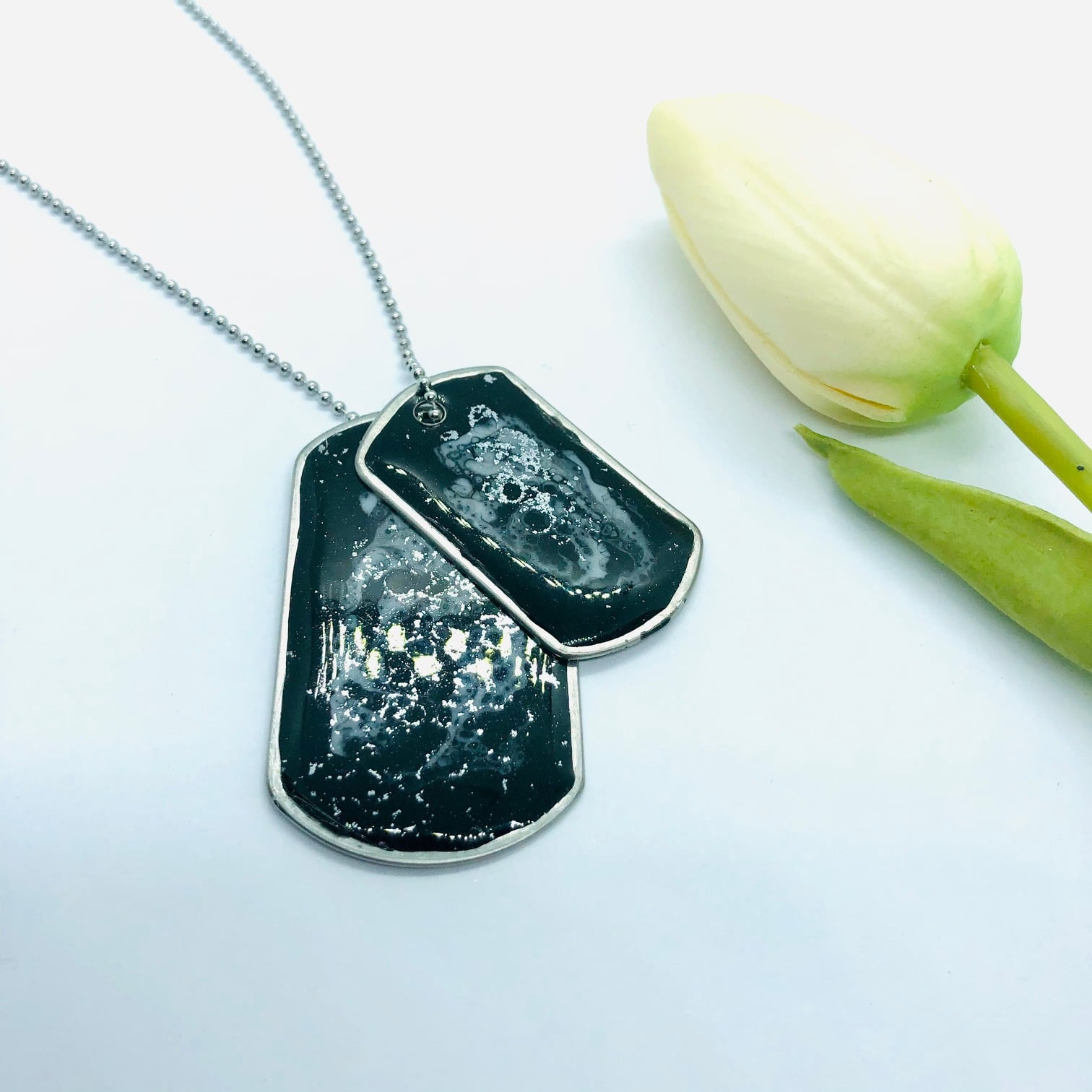 Double Dog Tag Resin Set – By Jantina