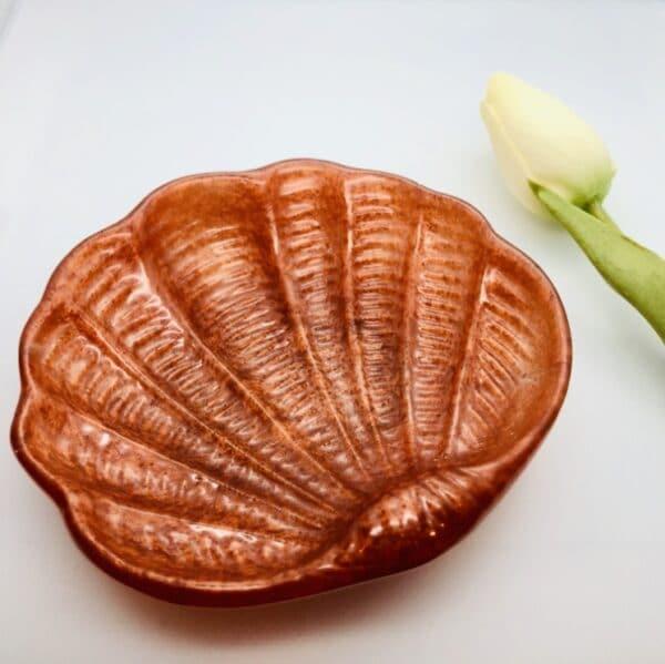 shell-trinket-bowl-burnt-orange-by-Jantina