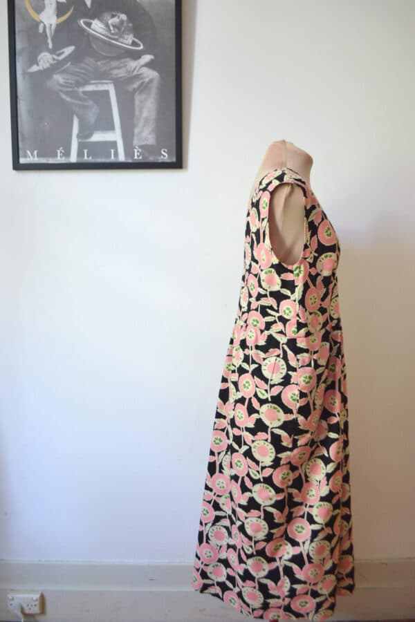 retro-dress-m-pink-daisy-cotton-lawn-by-a-pois-by-apois