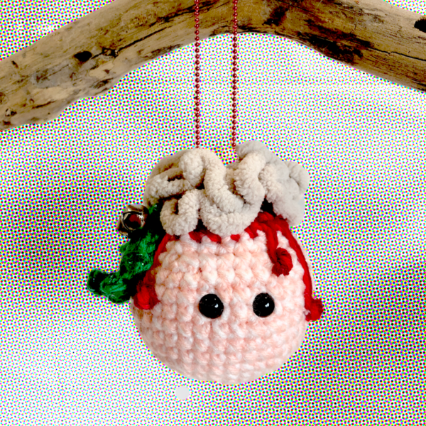 crochet-xmas-brain-bauble-made-by-out-of-my-mind-crochet-by-jessica thompson