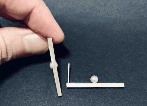 pearl-i-earring-1-pearl-middle-by-doramenda
