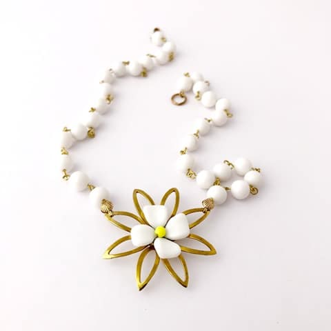 blossom-reimagined-vintage-necklace-by-my-vintage-obsession-by-myvintageobsession2020