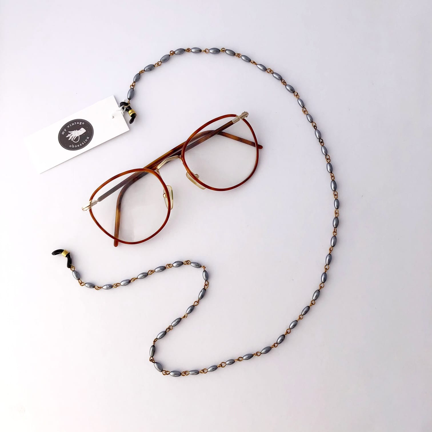 vintage-grey-bead-glasses-chain-by-my-vintage-obsession-by-myvintageobsession2020