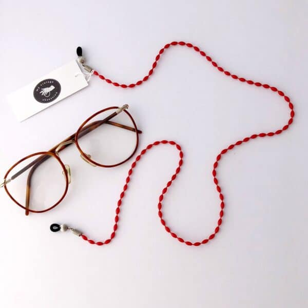 vintage-red-bead-glasses-chain-by-my-vintage-obsession-by-myvintageobsession2020
