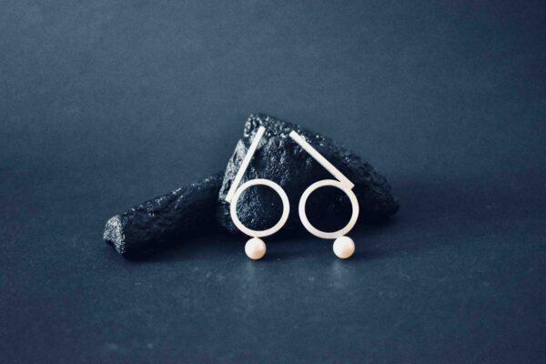 66-pearl-earrings-by-doramenda