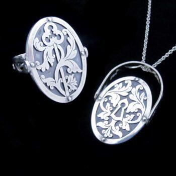 lock-key-flip-ring-pendant-skadi-jewellery-design