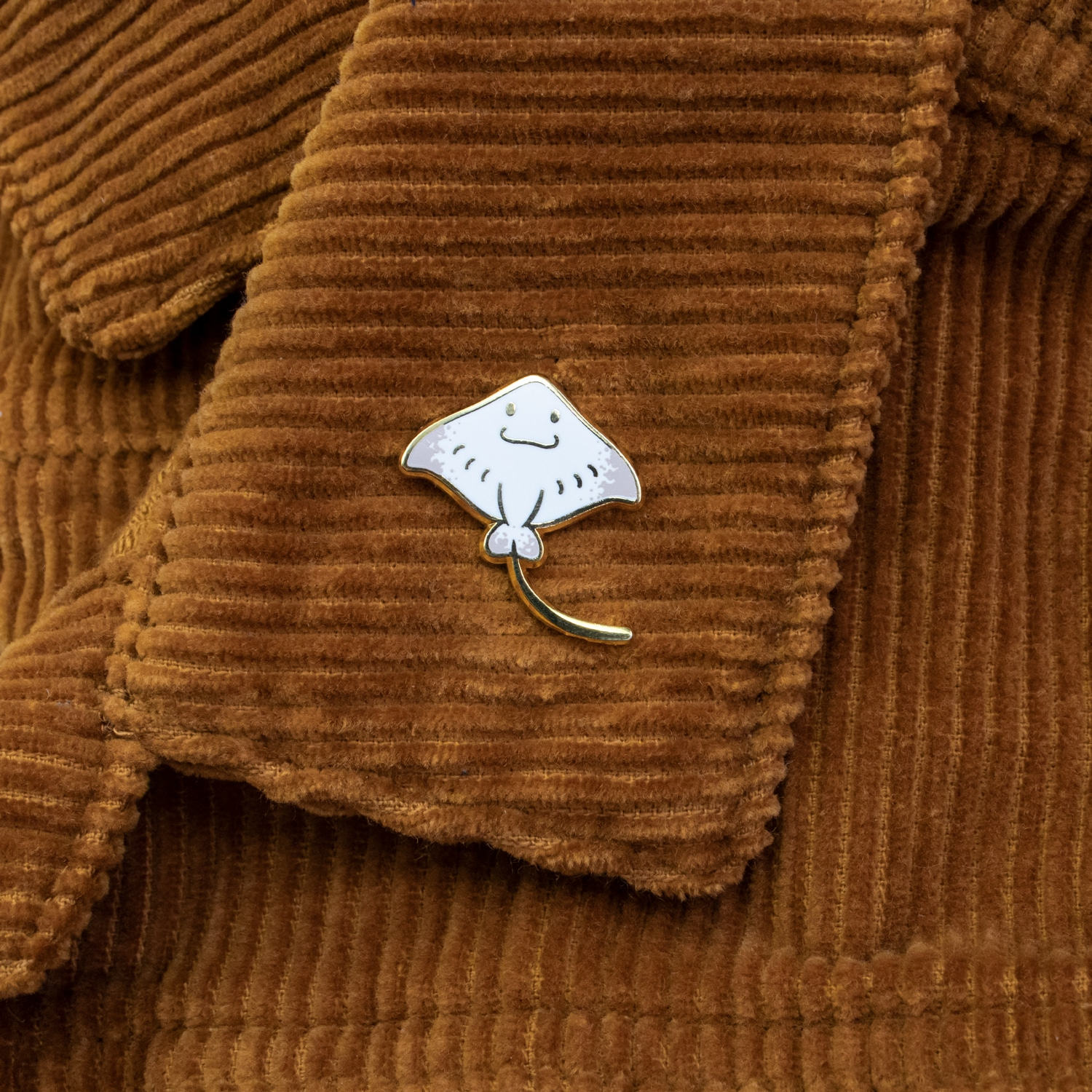 Mini Eagle Ray Enamel Pin (White) By Oh Jessica Jessica