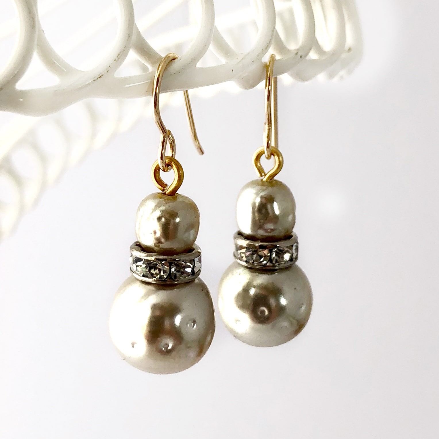 vintage-baroque-pearl-bead-earrings-by-my-vintage-obsession-by-myvintageobsession2020