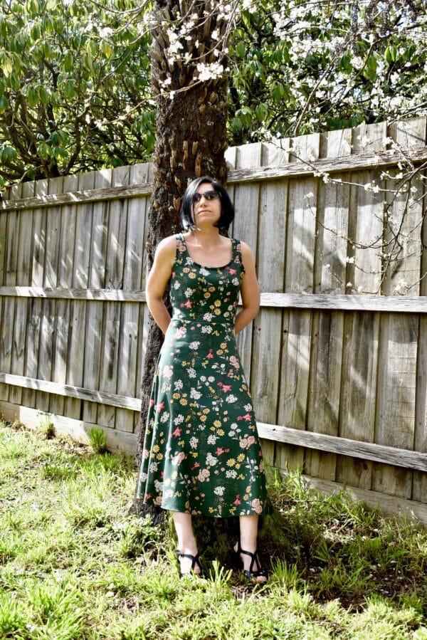 olive-grove-gloria-dress-in-rayon-by-studio-southside-by-monica_terhuurne