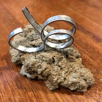 loop-the-loop-unique-handmade-brooch-by-nancydee-sculptures-by-nancylane