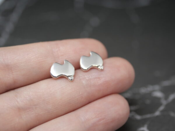 aussie-studs-handmade-sterling-silver-map-earrings-by-purplefish-designs-by-andrea_purplefish