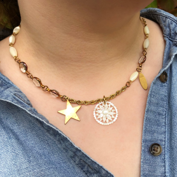 moon-flower-necklace-by-my-vintage-obsession-by-myvintageobsession2020