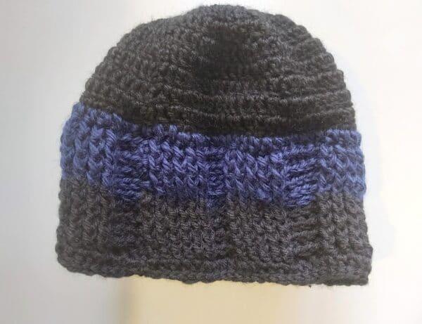 2-tone-ribbed-beanie-by-u-knit-crochet-by-Ivy