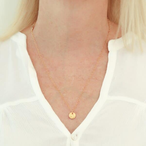 impressions-small-gold-disc-pendant-necklace-by-juliestephens