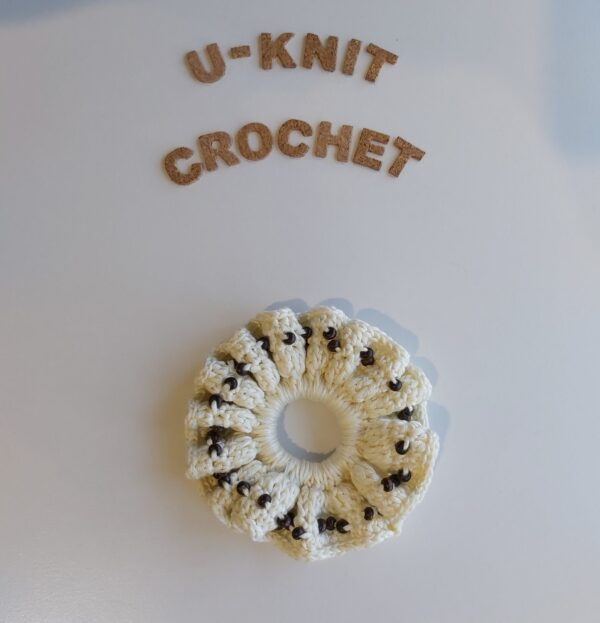 red-scrunchie-handmade-by-u-knit-crochet-by-Ivy
