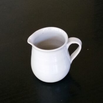 stoneware-jug-by-clifton-hill-pottery-by-Clifton Hill Pottery