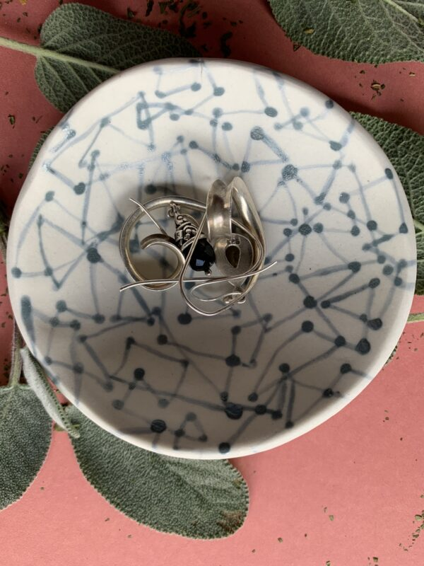 black-dot-to-dot-porcelain-bowl-by-the-intrepid-potter-by-theintrepidpotter