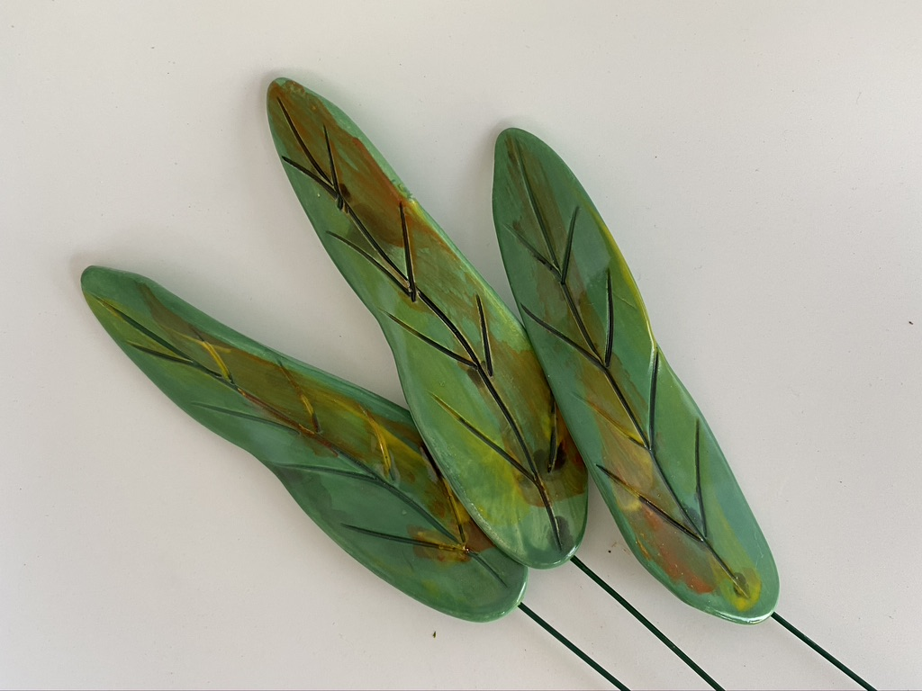 Ceramic Leaves, Long By Iggiruss Designs