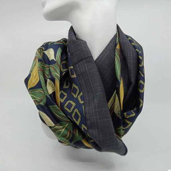 one-of-a-kind-silk-and-superfine-wool-scarf-by-judith-scott-upcycling-by-judithscott