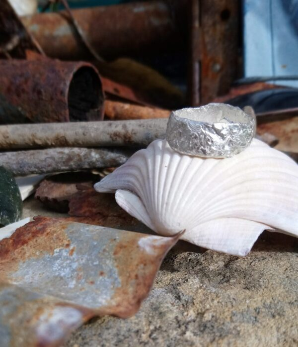 quirky-silver-ring-sits-beautifully-on-the-finger-medium-size-by-Janinemary