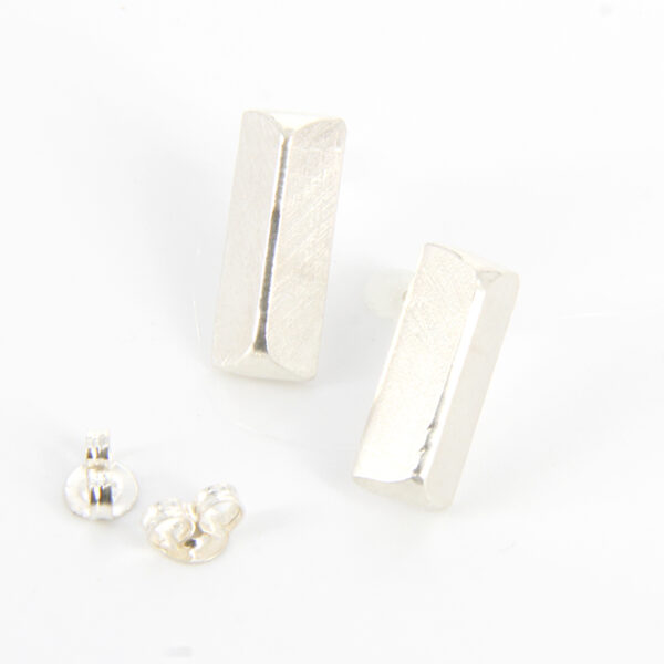 solid-brushed-tri-studs-by-tlh-inspired-by-tlhinspired