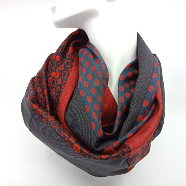 deep-red-and-charcoal-silk-and-wool-scarf-by-judith-scott-upcycling-by-judithscott