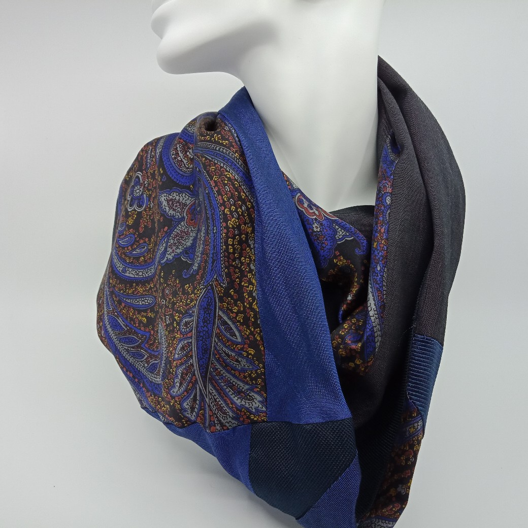 Gorgeous Silk And Superfine Wool Scarf By Judith Scott Upcycling